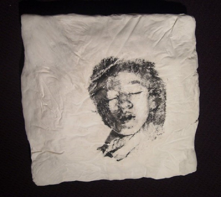 Image-Irina Nakhova , Pillow (Woman), 1996 shows how Russians keep the memory of their families aliver