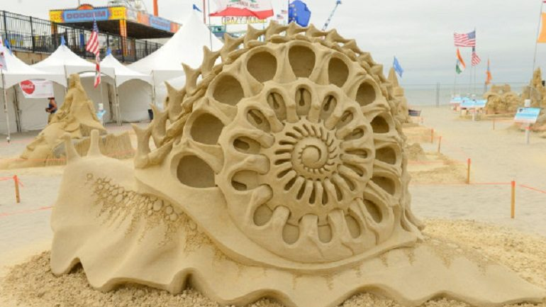 Sand Sculpture Artists Create Amazing Sand Art in Atlantic City