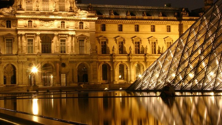 Magnificent Louvre Museum Invaded by Fearless Rats