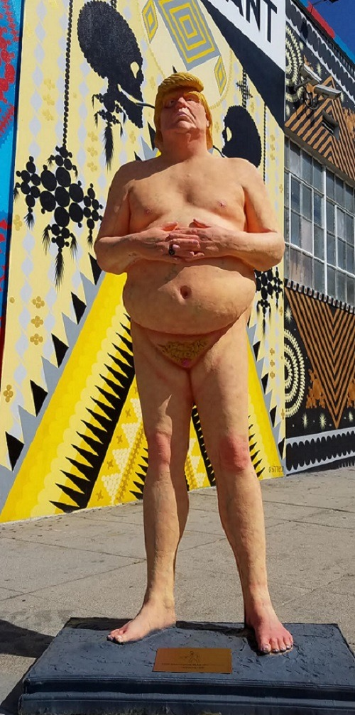 Image: The Emperor Has No Ball, a naked Donald Trump statue by the anonymous art collective INDECLINE depicts the Republican presidential nominee naked