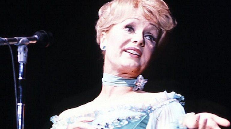 Debbie Reynolds Death Reveals a Mother's Undying Love
