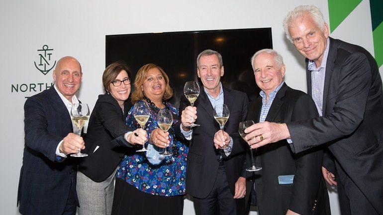 Art Expo Chicago 2017 Raises $300,000 During Vernissage